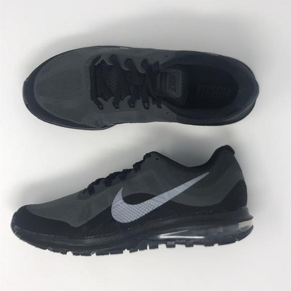 7ec7facd6d15f Nike women's air max dynasty 2 black NWT